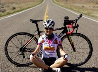 Un nuovo record in bici per le donne dell'Uganda