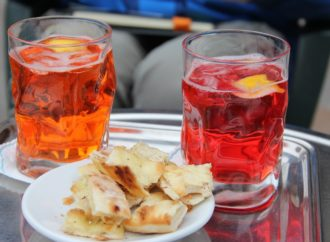 A Sedriano l'Aperifleur, concerto e street food