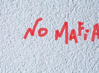 Un murales di 950 nomi per ricordare le vittime di mafia
