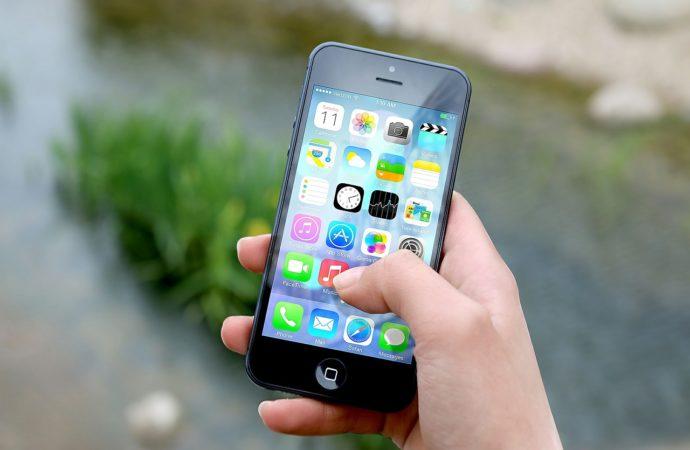 Perché non regalare uno smartphone a un bambino