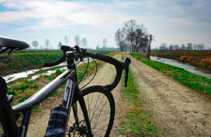 L'Inedita per scoprire le strade bianche in bici