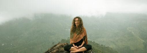 Mantra e meditazione: al via un corso yoga web